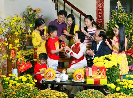 Bạn có biết nguồn gốc của phong tục lì xì đầu năm ở Việt Nam?