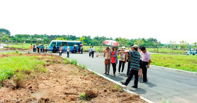 Quảng Bình: Người mua điêu đứng vì cò đất lộng hành