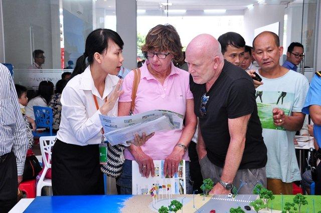 Người nước ngoài mua nhà tại Việt Nam cần hoàn tất những thủ tục gì?